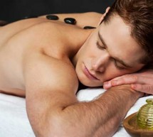 Como fazer massagem tântrica a um homem